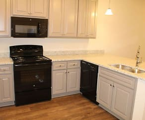 Kitchen, Shelton Mill Townhomes