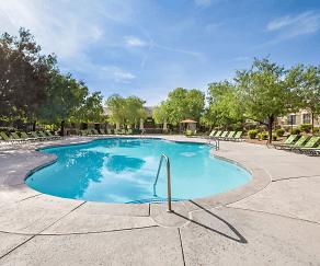 Pool, Willowbrook
