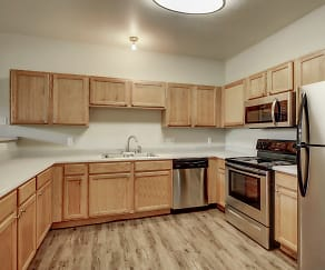 Kitchen, Advenir at Del Arte Townhomes