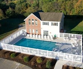 Pool, Wildwood Apartments