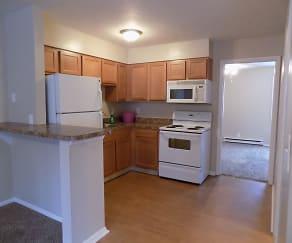 Kitchen, Shady Tree Apartments