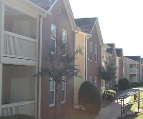 Building, Heritage Hills