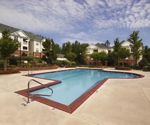Pool with lap area, Falls Pointe at the Park