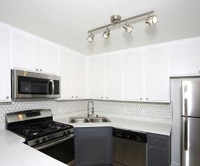 Kitchen, Lakehouse Apartment Homes
