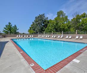 Pool, Georgetown Oaks Apartments