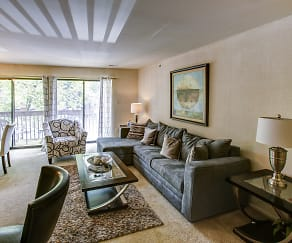Living Room, Shade Tree Trace