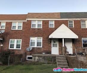 Building, 172 W Meadow Rd
