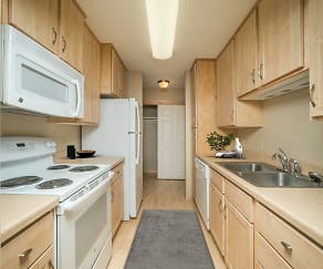 Kitchen, Forest Place Apartments