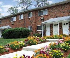 Landscaping, Hillcrest Apartments