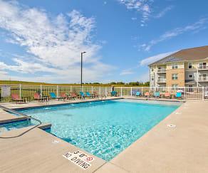 Pool, 1 Glenn Place
