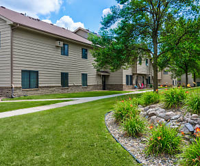 Woodcrest Townhomes, Belle Plaine, MN