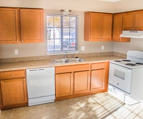 Kitchen, Peppertree Park Townhomes