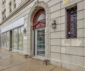 Building, 6408 N Glenwood Ave