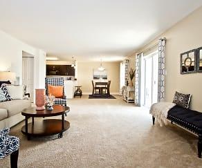 Enormous 1300-1600 square foot floorplans, Aspen Apartments