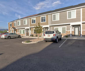Building, Calla Homes Apartments