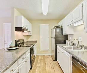 Kitchen, Magnolia Pointe at Madison