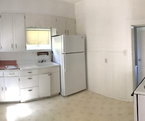 Kitchen, 417 W 5th Street