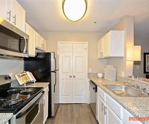 Kitchen, Atlantic Brookhaven