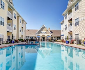 Swimming Pool, Flagstone at Indian Trail Apartments