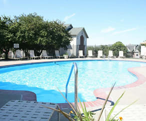 Pool, The Pointe