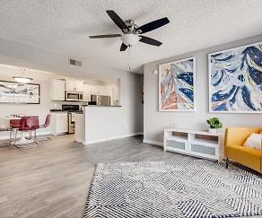 Living Room, Parc 17