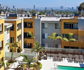 The Crescent at West Hollywood offers spacious apartment homes located just one block from the Sunset Strip, The Crescent at West Hollywood