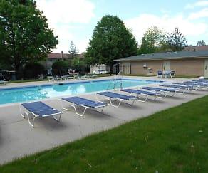 Pool, Pebblewood Court