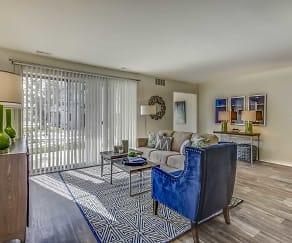 Living Room, Arbor Landings Apartments