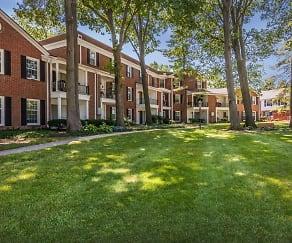 Courtyard, Brockton Communities