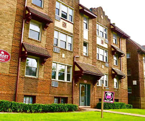 Building, Squirrel Hill Apartments