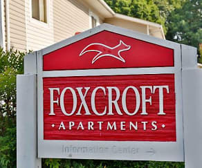 Community Signage, Foxcroft Apartments