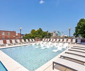 Pool, Vue On Walnut Student Living
