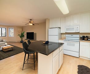 Sterling Ponds Apartments, Chanhassen, MN