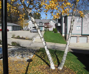 Landscaping, The Terrace At Cedar Glen
