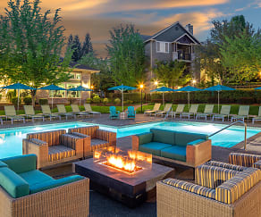 Pool, The Grove at Orenco Station