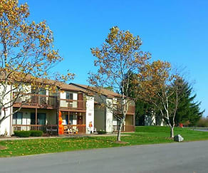 Building, Candlewood Apartments