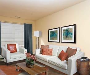 Living Room, Royal Courts and Savannah Heights