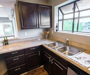 Kitchen, Miramont