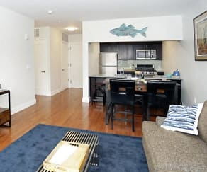 Living Room, Montclarion at Bay Street Station