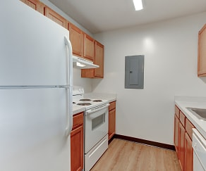 Kitchen, Evergreen Farms