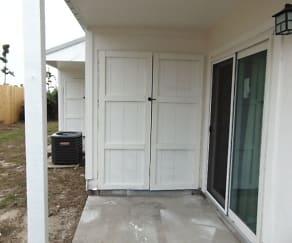 2912 Ormond Ave, Highland City, Springfield, FL