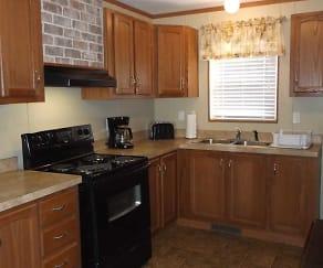 Kitchen, Amber Hills Lodge