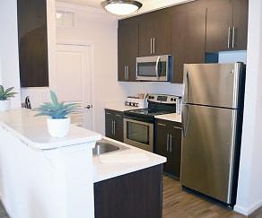 Kitchen, Belmont at Tryon Apartments