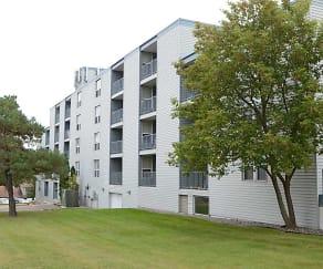 Building, Park Plaza Apartments