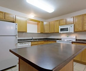 Kitchen, The Woods Apartments