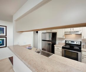 Kitchen, The Point at Elkridge