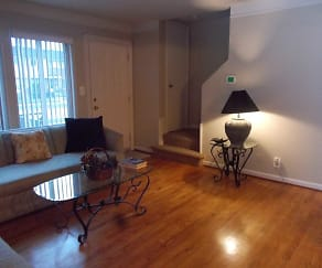 Living Room, Oak Park Manor