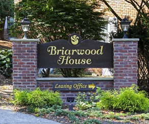 Community Signage, Briarwood House Apartments