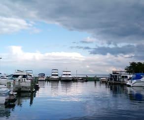 Harbor Club South, Grosse Pointe Shores, MI