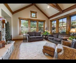 Living Room, 9521 N Skyhawk Tri #12